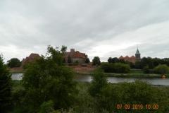20190907 Wolontariusze Caritas i ministranci zwiedzają Malbork